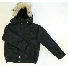 bunda zimní černá s kapucí